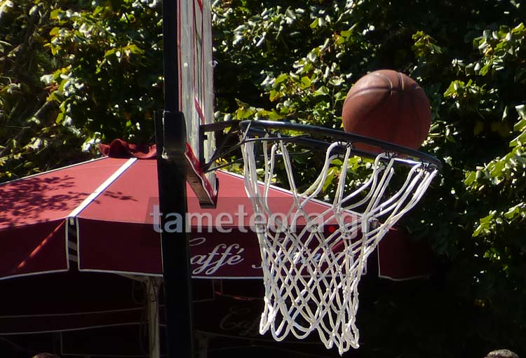Street basketball 3 on 3